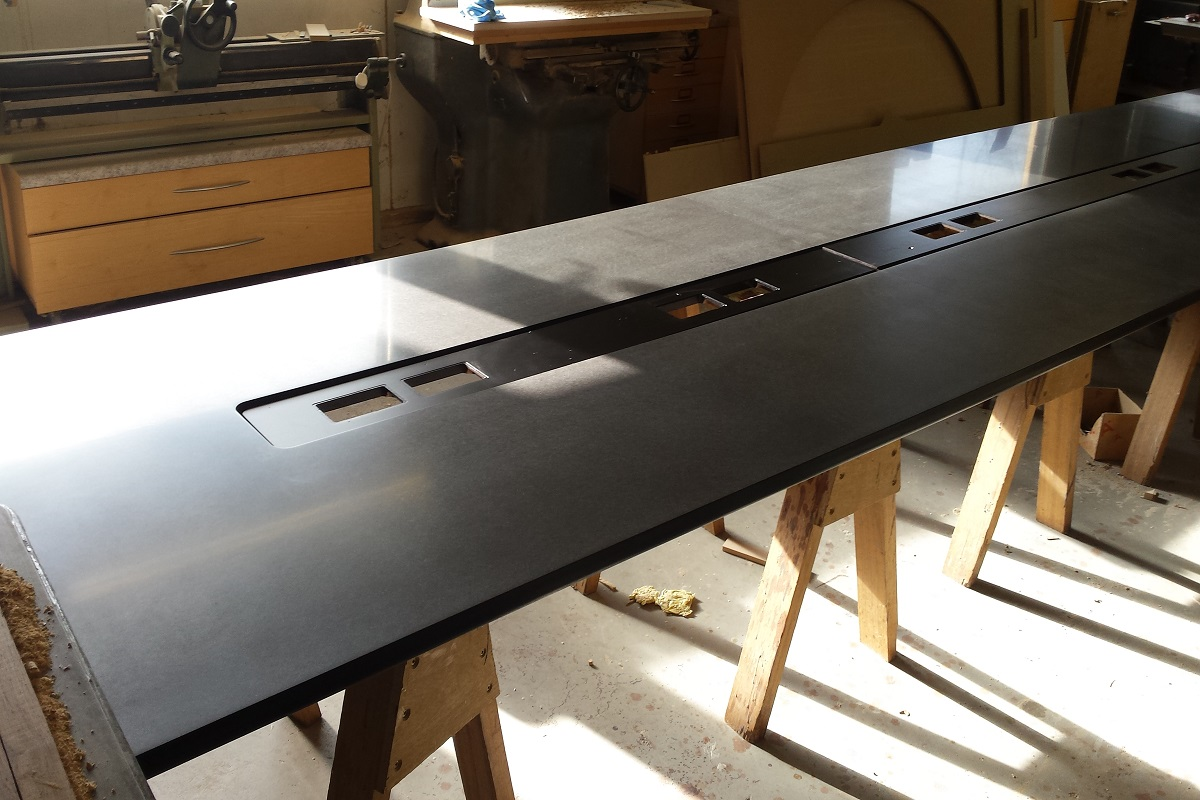 CENTRAL TABLE BLACK (1)